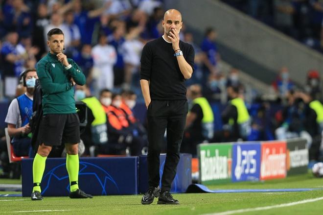 """Pep Guardiola liên tục thua vì """"chơi trội"""" khác người, Man City lại lỡ hẹn Cúp C1 - 1"""