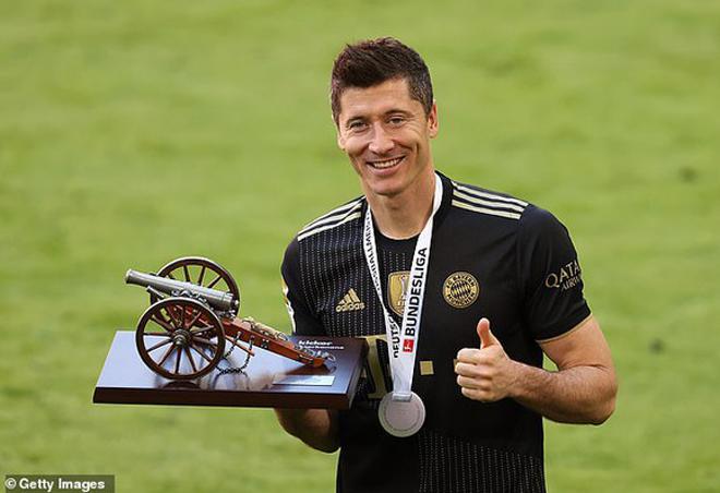 """Lewandowski tuyên bố khiến Bayern sốc nặng, cơ hội để Barca nổ """"bom tấn"""" - 1"""
