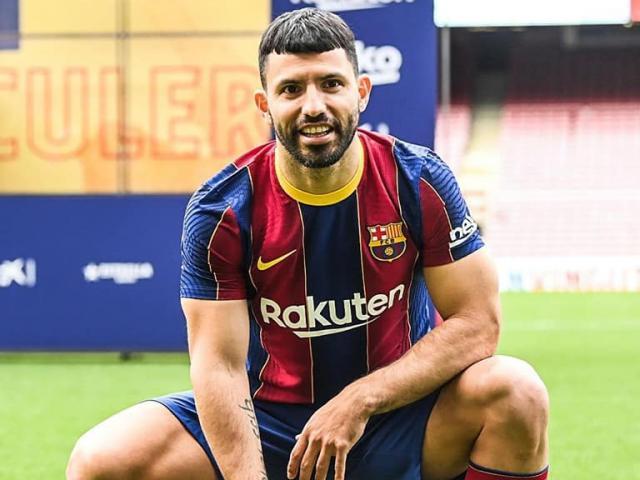 Barca bán rẻ Suarez, đón Aguero: Messi thêm vây cánh, nguy cơ bất ổn