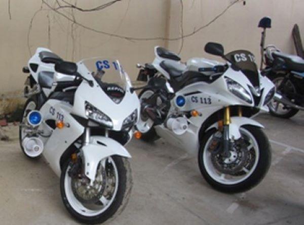 Hi hữu, hai xe máy chuyên dụng trong trụ sở công an bị mất trộm - 1