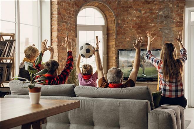 Xem Euro Cup: Cơ hội sở hữu biểu tượng banh vàng 24k - 1