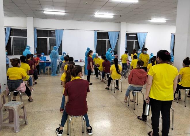 Gần 300.000 người ở TP.HCM liên quan ổ dịch hội thánh truyền giáo - 1