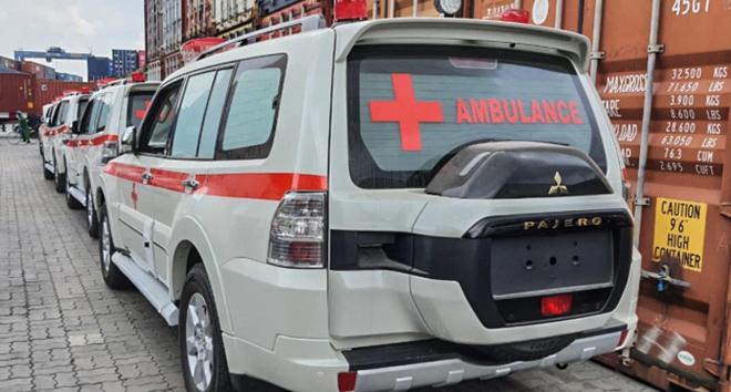 Lô xe Mitsubishi Pajero y tế được đưa về Việt Nam phục vụ chống dịch Covid-19 - 7