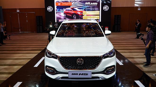 Xe MG HS giảm giá lên đến 150 triệu đồng thu hút khách hàng Việt - 3