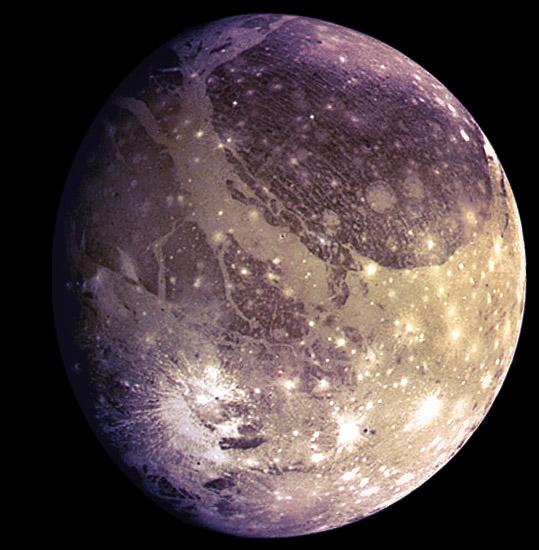 """Đêm nay, tàu NASA áp sát """"mặt trăng màu tím"""" có 2 đặc điểm y hệt Trái Đất - 1"""