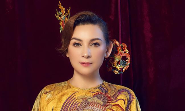 """Ngay lập tức, đời tư của Phi Nhung được cư dân mạng bàn luận xôn xao, trong đó có khối tài sản """"khủng"""" mà nữ ca sĩ ít khi khoe khoang."""