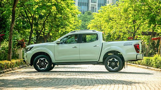 Chi tiết Nissan Navara 2021 phiên bản VL 4WD, giá bán 845 triệu đồng - 3