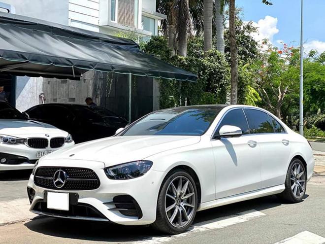 """Mercedes-Benz E 300 AMG 2021 """"chạy lướt"""" bán lại lỗ trăm triệu - 6"""