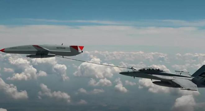 Máy bay không người lái tiếp nhiên liệu cho tiêm kích Mỹ trong cuộc thử nghiệm lịch sử - 1
