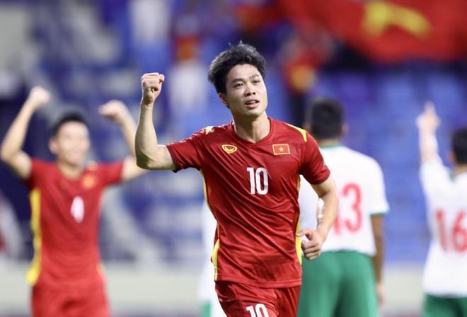 """Cầu thủ này xứng đáng được coi là """"thần tài"""" của đội tuyển Việt Nam - 1"""