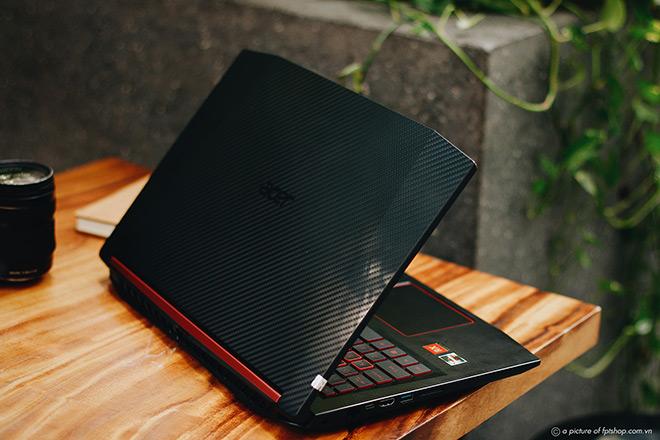 Cơ hội không thể bỏ qua: laptop gaming tại FPT Shop giảm đến 3 triệu đồng, giao tận nhà miễn phí - 1