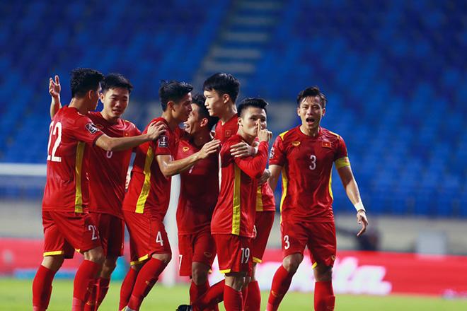 """Tin tức 24h qua:Đội tuyển Việt Nam nhận """"mưa"""" tiền thưởng sau chiến thắng4-0 trước Indonesia - 1"""