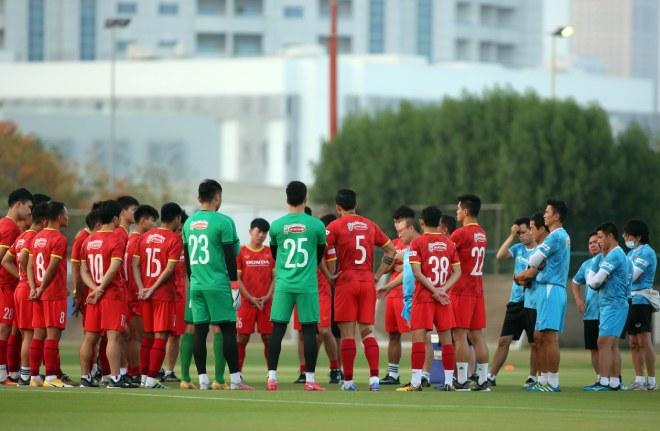 Tin mới nhất chấn thương Tuấn Anh, Văn Toàn ở UAE: Ra sân tập cùng ĐT Việt Nam - 1