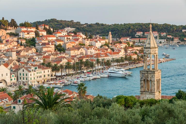 Những địa điểm cực đẹp ở Châu Âu mà hướng dẫn viên chưa từng giới thiệu cho du khách - 1