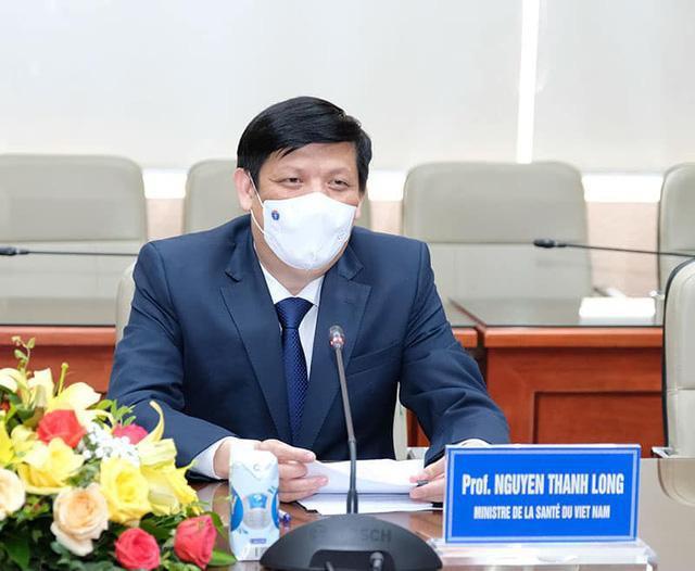 Bộ trưởng Bộ Y tế: Đề xuất khoản viện trợ để mua vắc-xin Pfizer tiêm cho trẻ em - 1