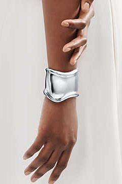 Những tác phẩm làm nên tên tuổi của nữ thiết kế nhà trang sức đình đám Tiffany & Co - 1