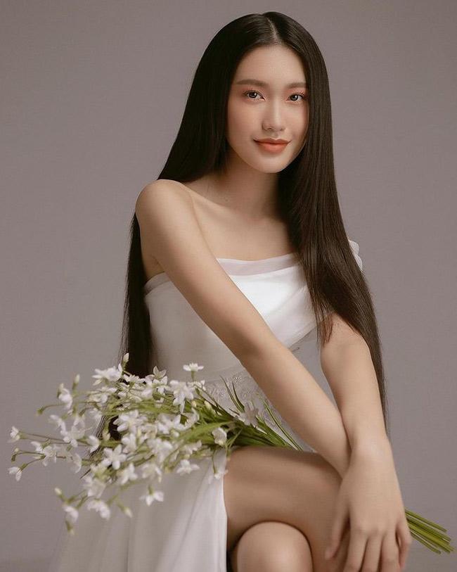 Doãn Hải My là bạn gái tin đồn của cầu thủ khoác áo số 7 - Đoàn Văn Hậu.