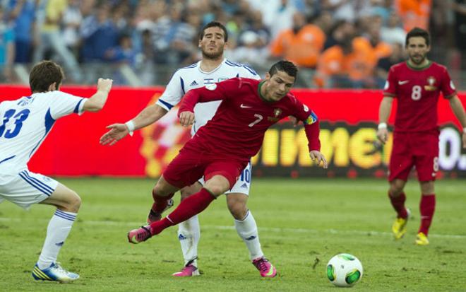 Ronaldo - Fernandes chạy đà trận cuối trước EURO, chờ hóa giải đội Trung Đông - 1