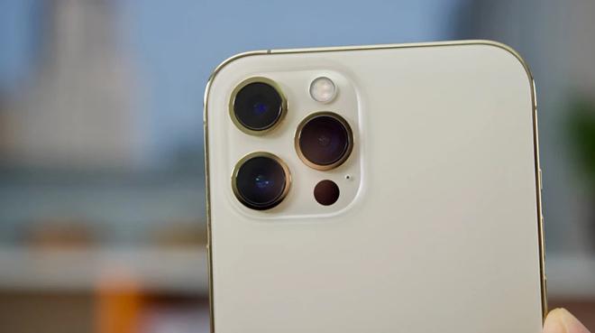 """iFan chờ đấy, iPhone 14 năm sau sẽ có tính năng zoom siêu """"đỉnh"""" của Samsung - 1"""