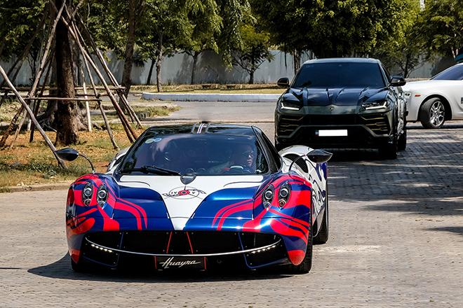 Điểm danh 3 mẫu siêu xe đắt đỏ nhất tại Việt Nam - 1