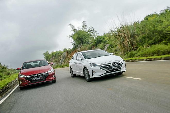 Hyundai Elantra được một số đại lý giảm giá lên đến 40 triệu đồng - 1