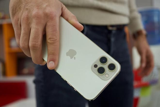 """""""Gia đình"""" iPhone 13 chắc chắn đúng hẹn với iFan vào tháng 9 - 1"""