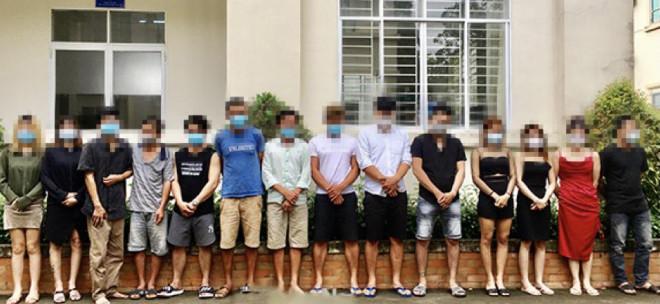 Khó tin với cảnh thác loạn của 13 nam, nữ ở Đồng Nai - 1