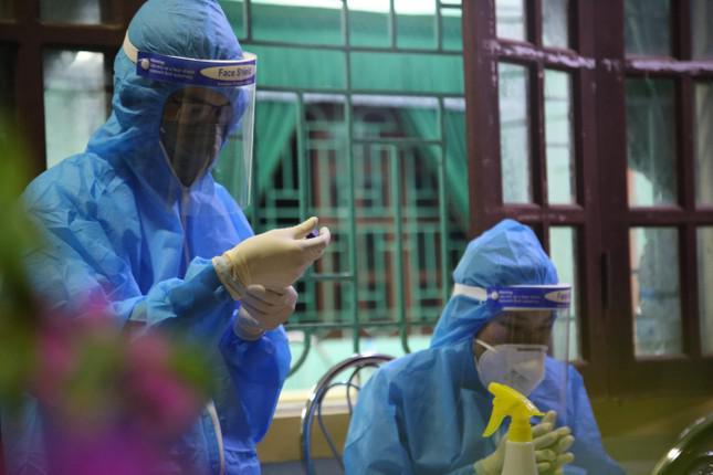 Hà Tĩnh ghi nhận thêm 7 ca dương tính với SARS-CoV-2 - 1