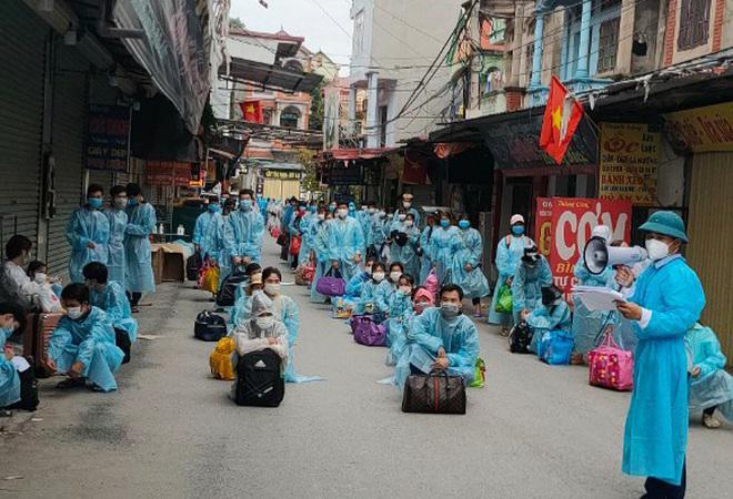 Hàng chục ngàn công nhân ở tâm dịch Bắc Giang sắp về các địa phương - 1