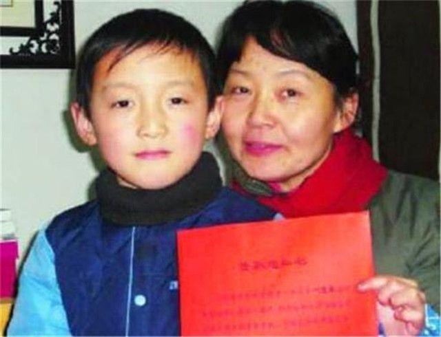 Thiên tài tính nhẩm Trung Quốc: 8 tuổi thi đỗ lực lượng đặc biệt của quân đội - 1