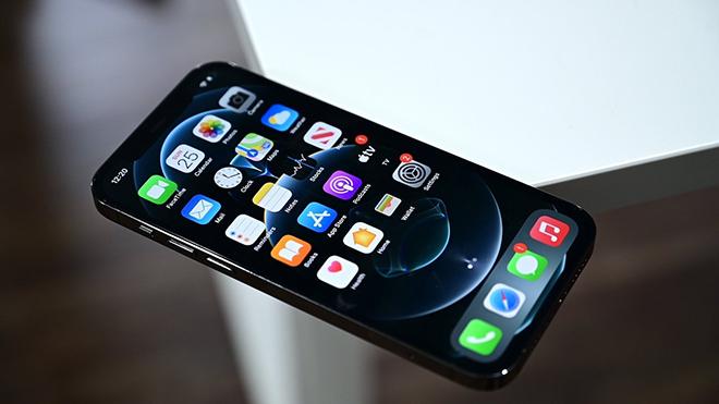 NÓNG: Lộ thông tin có tới 7 phiên bản iPhone 13 - 1