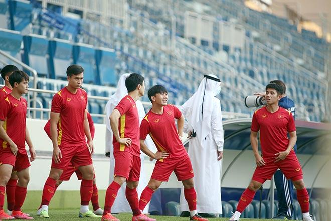 ĐT Việt Nam ráo riết chuẩn bị đấu Malaysia, Tuấn Anh lặng lẽ tìm một góc riêng - 1