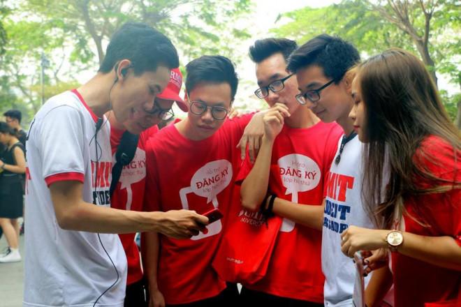 'Điểm danh' những trường đại học có doanh thu đứng đầu Việt Nam - 1