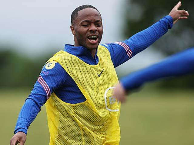 ĐT Anh đau đầu chọn đội hình đấu Croatia: Sterling được chọn, Rashford dễ bị loại - 1