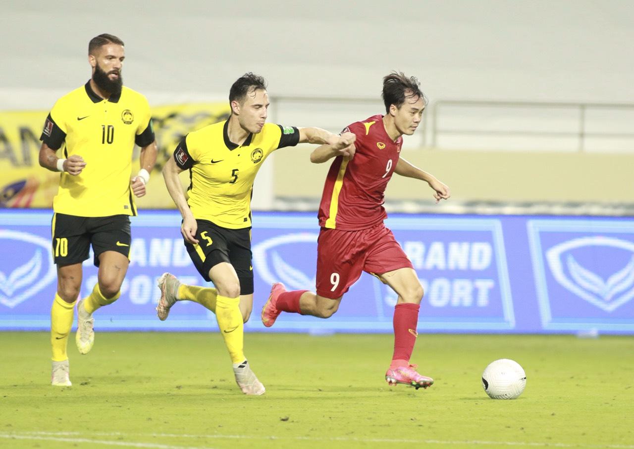 ĐT Việt Nam đấu UAE tranh ngôi đầu bảng: Cảnh giác bài học 14 năm trước - 1