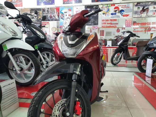 Chạy đua Honda SH, SH Mode cũng giảm giá chỉ từ 63 triệu đồng - 1