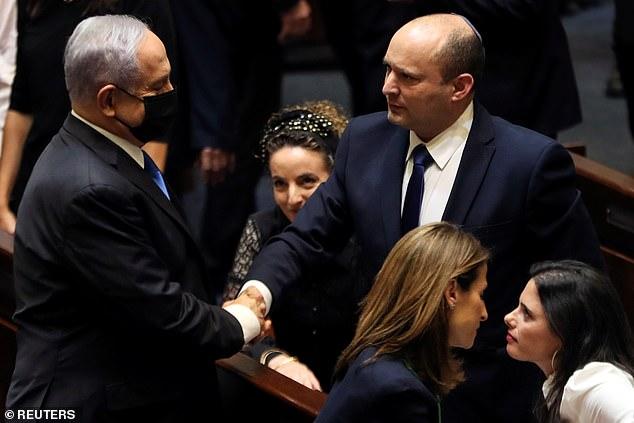 """""""Kỷ nguyên"""" Netanyahu chấm dứt, Israel có Thủ tướng mới sau 12 năm - 1"""