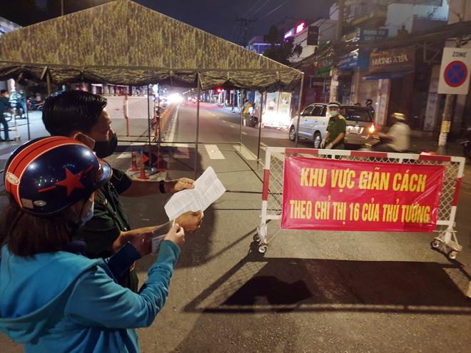 TP.HCM: Quận Gò Vấp tháo dỡ 12 chốt kiểm soát từ 0h đêm nay - 1