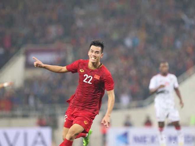 ĐT Việt Nam đấu UAE: Cẩn trọng tiền đạo số 1 châu Á, ghi bàn đỉnh hơn Messi - 1