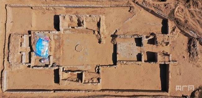 Đào đất phát hiện pháo đài hiếm hoi còn nguyên vẹn có liên quan tới Vạn Lý Trường Thành - 1
