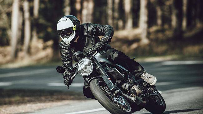 Mới đây, đơn vị phân phối Harley-Davidson và Triumph tại Việt Nam là Al Naboodah đã xác nhận sẽ phân phối thêm thương hiệu Husqvarna vào tháng 8 này