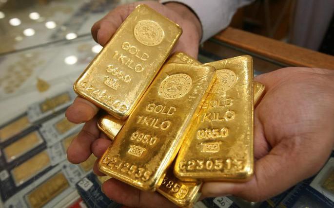 """Giá vàng hôm nay 15/6: Bitcoin tăng như """"lên đồng"""" ghìm giá vàng xuống đáy - 1"""