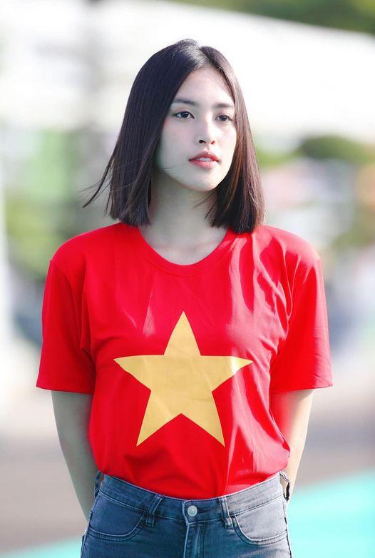 Sao Việt dự đoán tỷ số trận VN-UAE, bất ngờ nhất là lời hứa của hoa hậu - 1