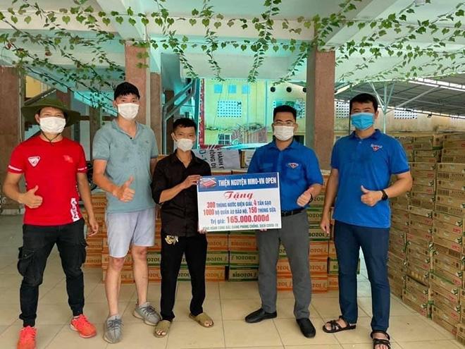 Thiện Trần và nhóm thiện nguyện ủng hộ tâm dịch Bắc Giang phòng chống đại dịch - 1