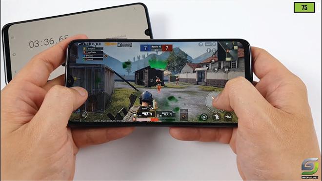 """Đây là những smartphone 3 triệu pin """"khủng"""", chơi game tốt không nên bỏ qua - 1"""