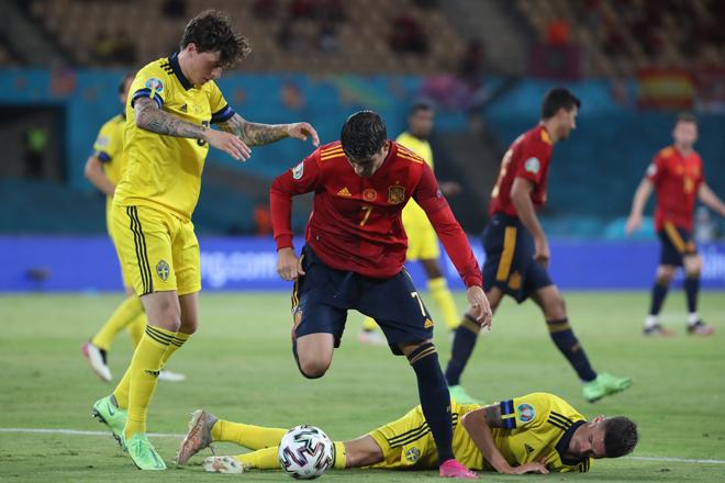 """Tây Ban Nha ra quân EURO đáng thất vọng: Triệu fan đòi """"trảm"""" Morata - 1"""