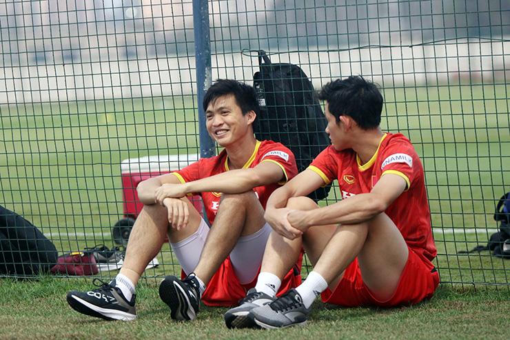 Thầy Park loại 6 cầu thủ nào trong danh sách ĐT Việt Nam đấu UAE? - 1