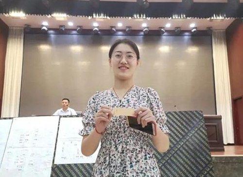 Chỉ cần trong độ tuổi kết hôn, thanh niên Trung Quốc được phát nhà miễn phí - 1