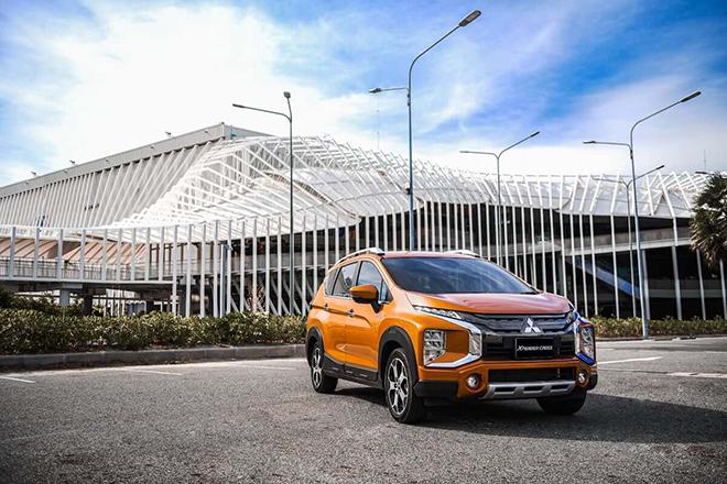 Giá xe Mitsubishi Xpander Cross lăn bánh tháng 6/2021 - 1