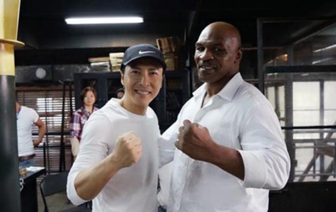 """Mike Tyson đấm """"Diệp Vấn"""" suýt chết, trở lại võ đài Boxing vào tháng 9 - 1"""